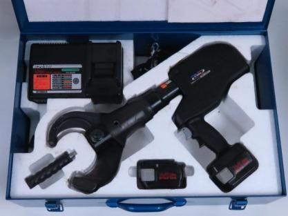 IZUMI  充電油圧式ケーブルカッタ REC-Li85YC