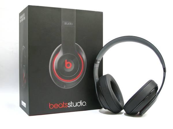 Beats studio オーバーイヤーヘッドフォン B0500